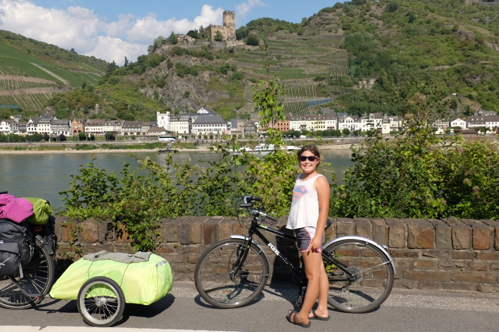 Jette on the Middle Rhine with castle