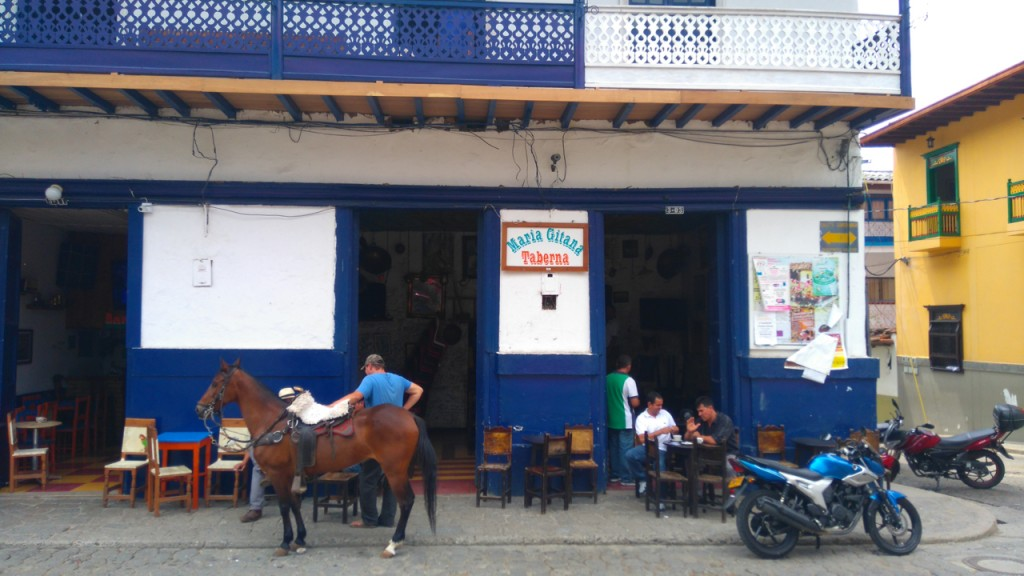 Just tie up your horse and have a cerveza or coffee.