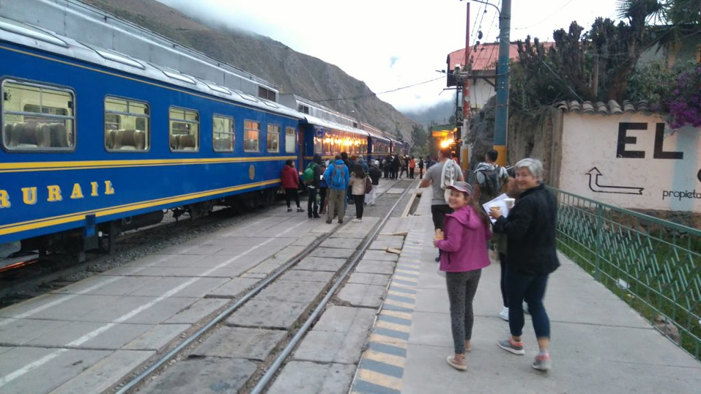 Boarding the morning train to Aguas Calientes